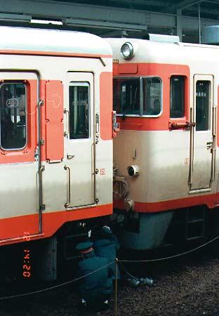 連結作業中 連結作業中 連結完了和歌山駅から出発 和歌山駅を出発する急行きのくに ... 急行き